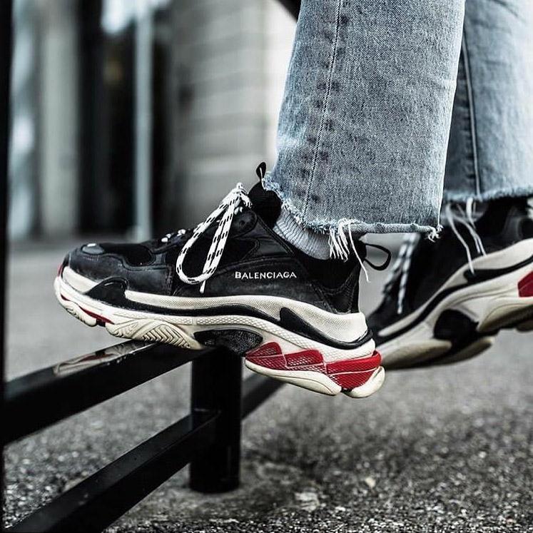 balenciaga-triple-s-sneakers-valencia-02