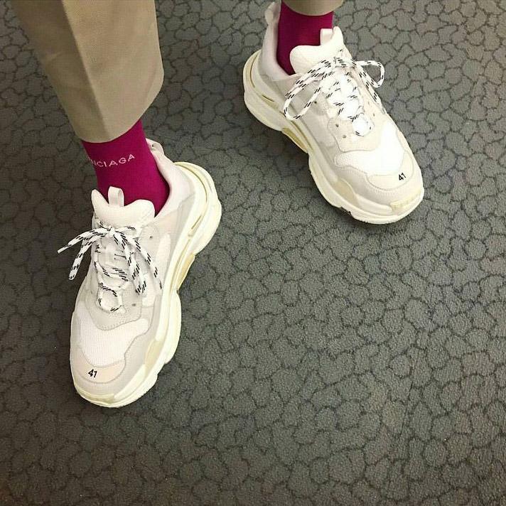 balenciaga-triple-s-sneakers-valencia-03