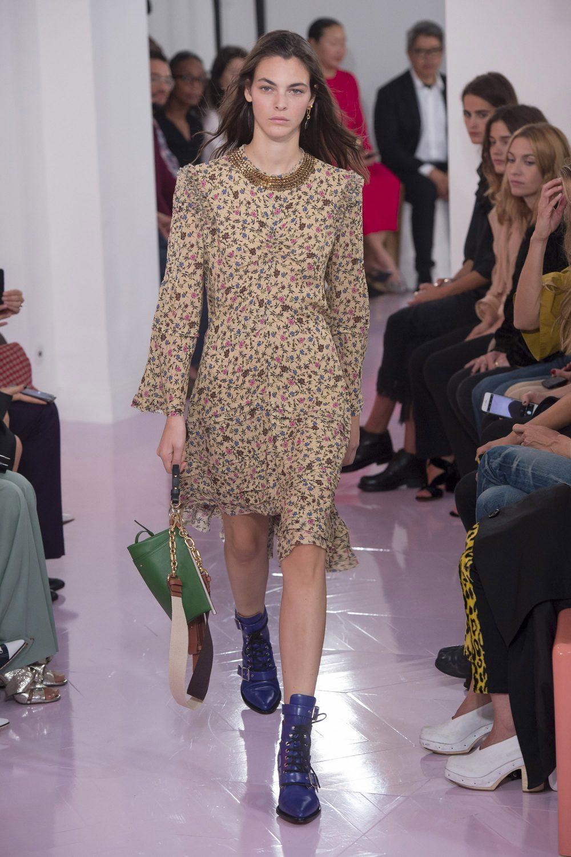 Chloe Valencia women. New Arrivals designer clothes and accessories a0d48b07e3a4f
